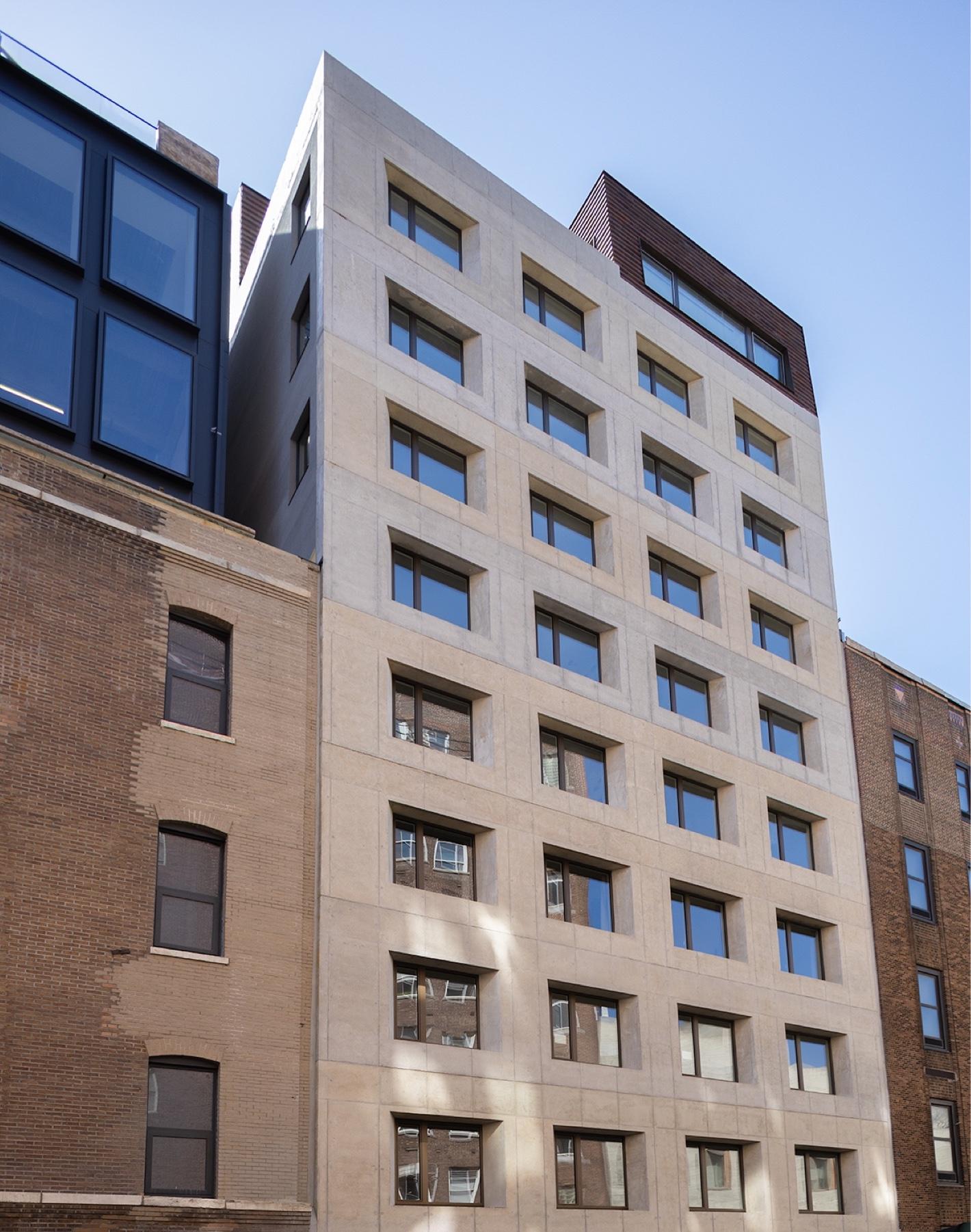 building facade of 532 W 20 condominiums in west chelsea