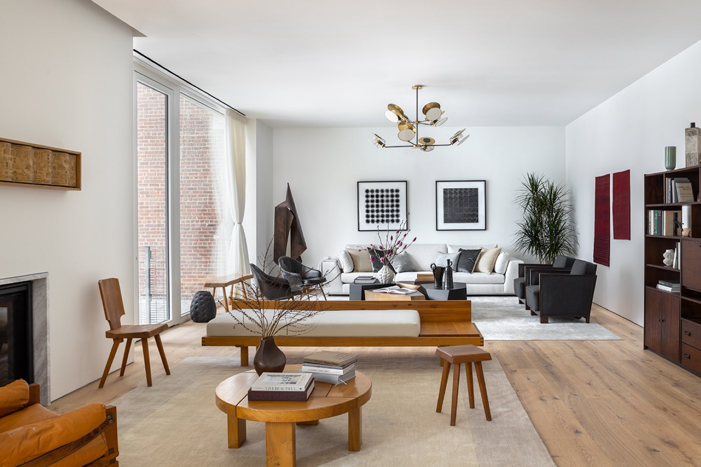 living room at 532 W 20 west chelsea condos